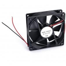 Качественный вентилятор 92х92мм, 12В, 1800об/мин